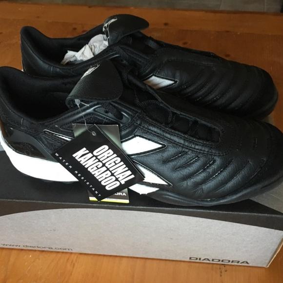 d64ed0a8b9d Women s 9-9.5 Diadora Maracana Turf Soccer Shoes
